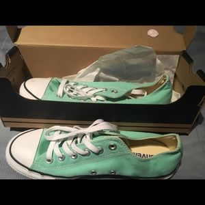 Converse mint green low tops